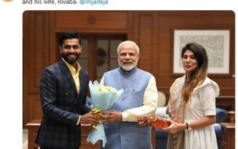 RAVINDRA JADEJA WITH PM AND RIVA