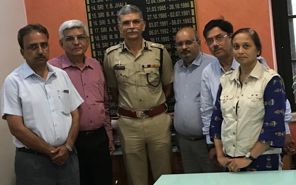 gujarat journalists security committee meet police commissioner