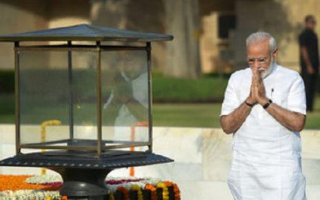 modi tribute to gandhi vajpayee