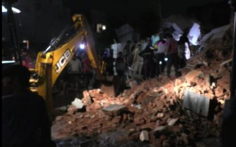 nadiad building collapse