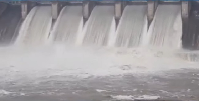 ukai dam water released