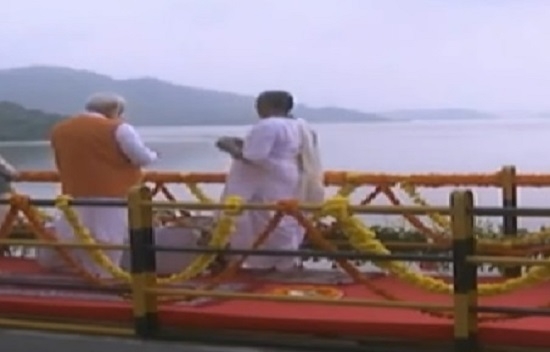 modi worship narmada water