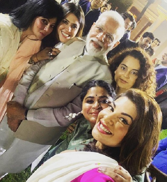 modi with bollywood ladies