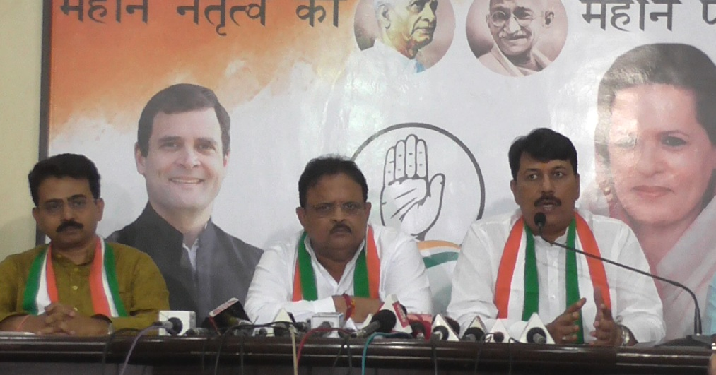 congress slams bjp