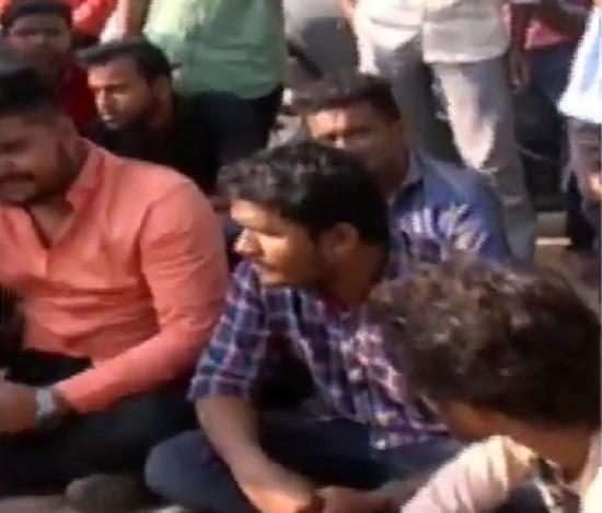 protest by karni sena