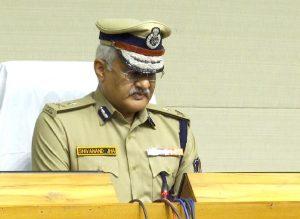 lockdown situation by gujarat dgp