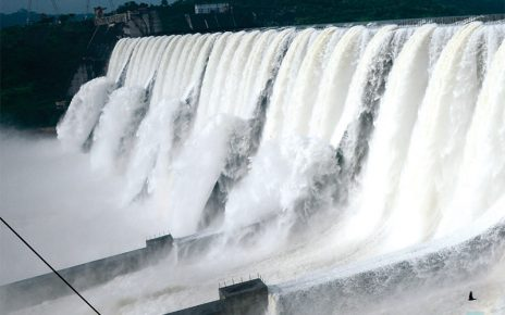 narmada dam overflow
