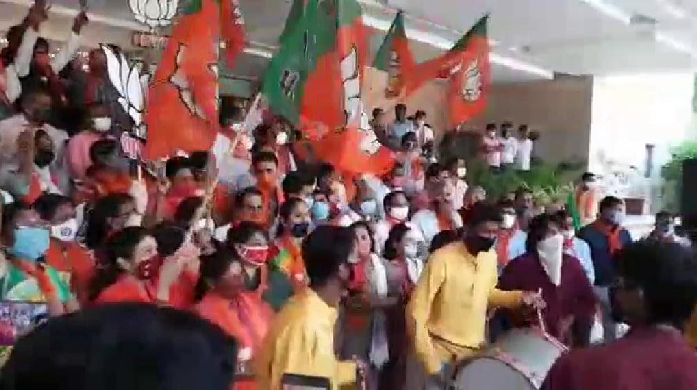 bjp celebration at kamalam