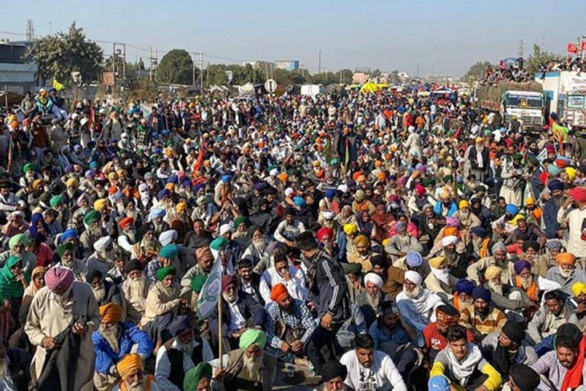 farmers at delhi border