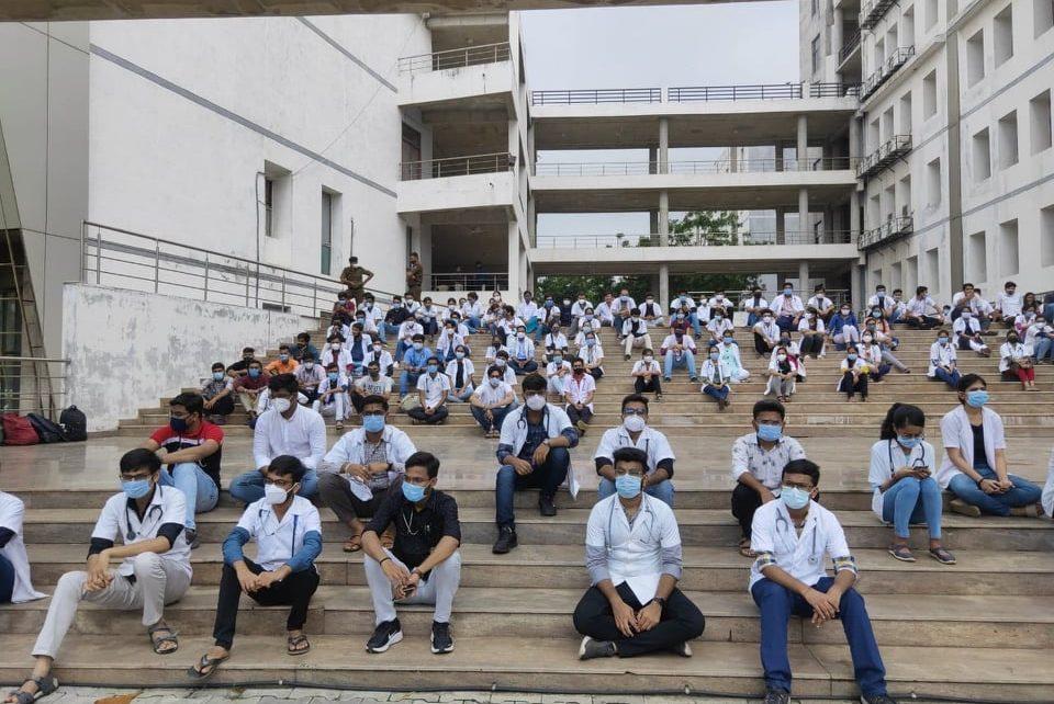 intern doctors
