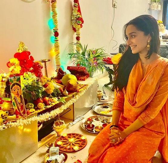 shradhha kapoor ganesh festival